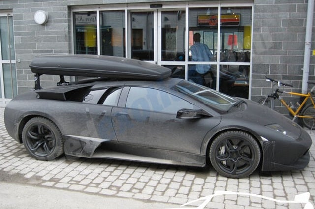 Do Not Put A Cargo Carrier On Top Of Your Lamborghini