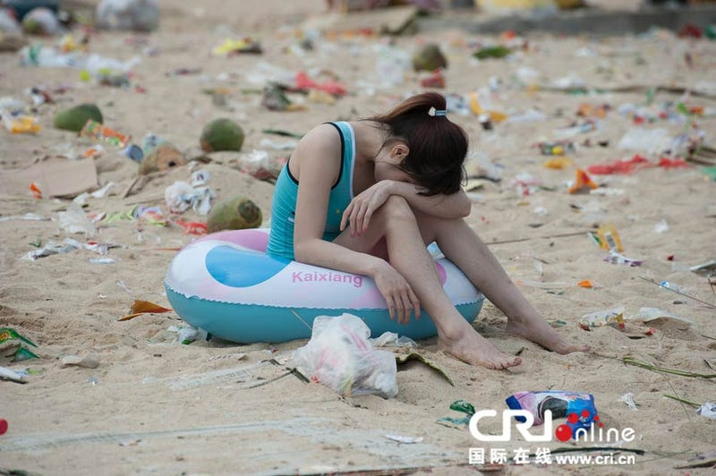 363 tons of trash makes this beach the dirtiest in the world