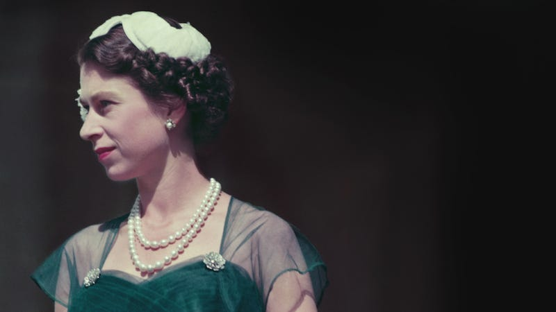 Check Out This Vintage Footage of Young Queen Elizabeth and Family