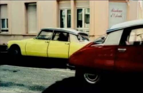 Citroën DS Develops Huge Panel Gaps Due To Excessive Phrog Slammin'