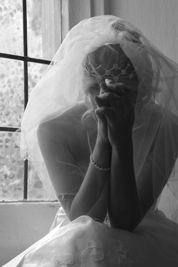 Jilted Bride Sues Groom Over Insanely Expensive Wedding