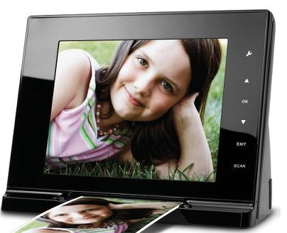 The Only Digital Photo Frame That Makes Sense In This Cruel, Non-Analogue World