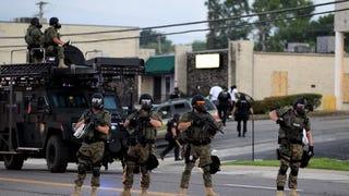 Miért is aggasztó az amerikai rendőrség militarizációja?
