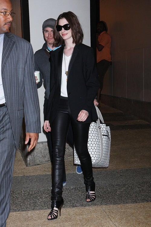Anne Hathaway: Naughty New (Single Girl) Image?