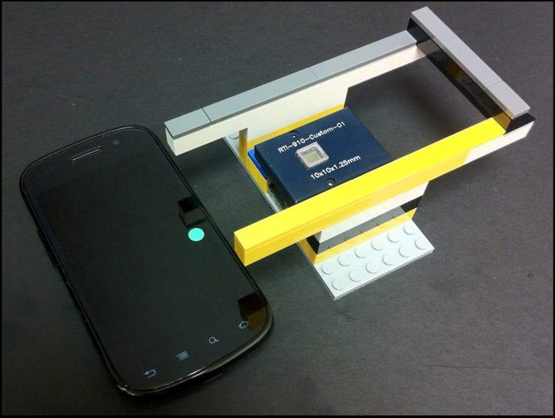 Lego Blocks Plus Smartphone Equals Super Smart Petri Dish