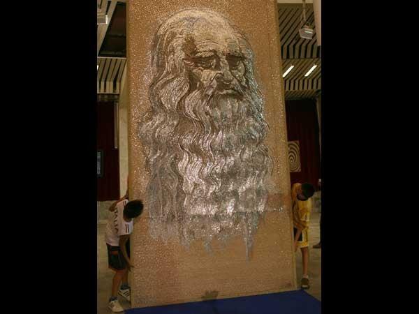 Nail Artist Nails da Vinci (with Nails)