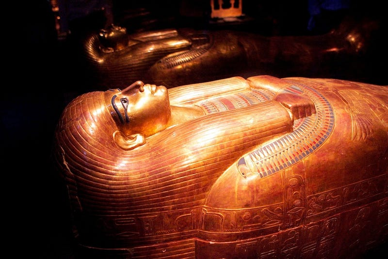 Egyptian Looters Rip Off Heads of Two Mummies