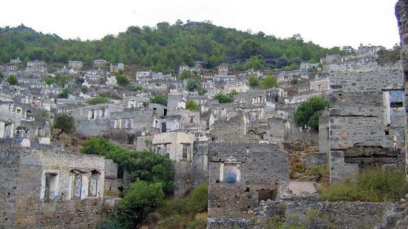 Some of the World's Spookiest Ghost Towns