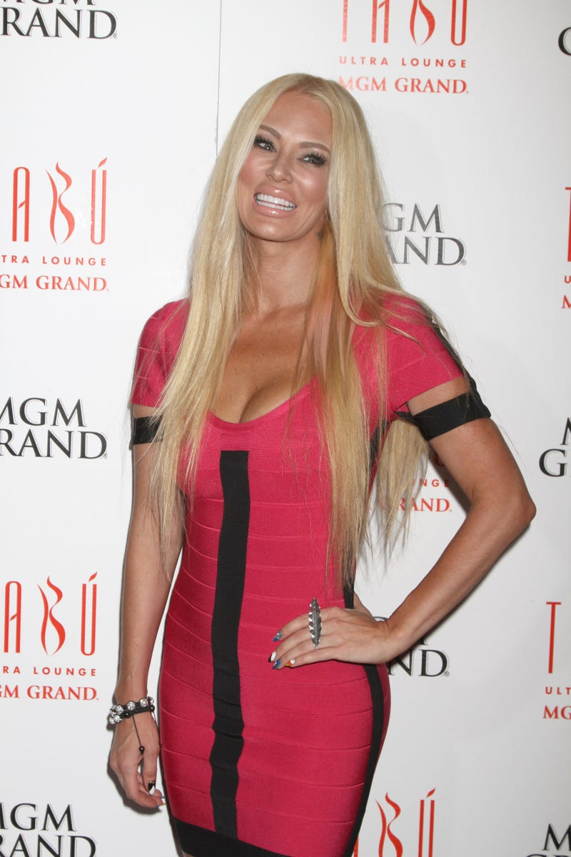 Mitt Romney Lands Coveted Jenna Jameson Endorsement