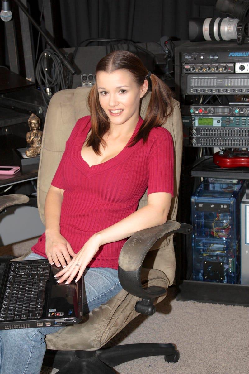 Games, Not Porn, is Adult Actress' Secret Pleasure