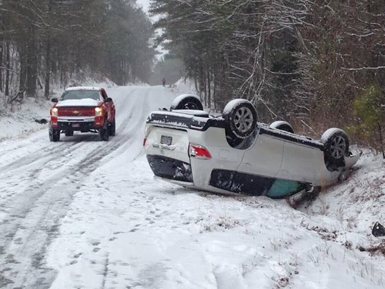 See how two inches of snow turned Alabama into an apocalyptic wasteland