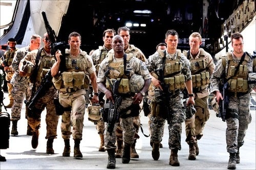 Pentagon Recruits Extras for Transformers 3