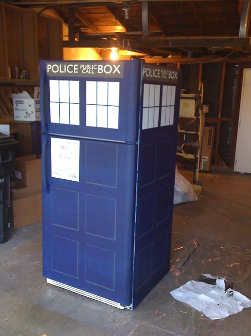 TARDIS Refrigerator will keep your fish sticks and custard fresh