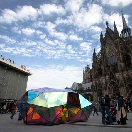 Cityscope Illuminated Sculpture is Like Glowing Crashed Meteor In Cologne
