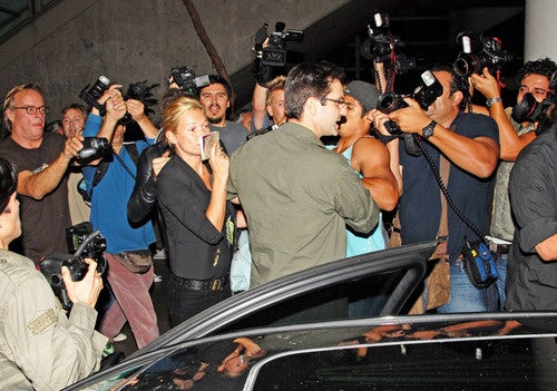 This Is What an Illegal Paparazzi Stake-Out Looks Like