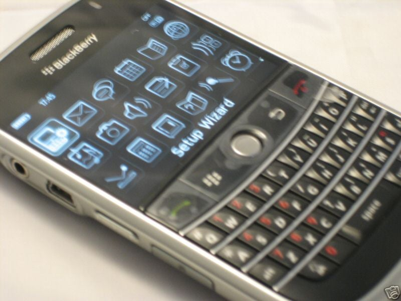 Blackberry 9000 Already for Sale, Sorta Kinda