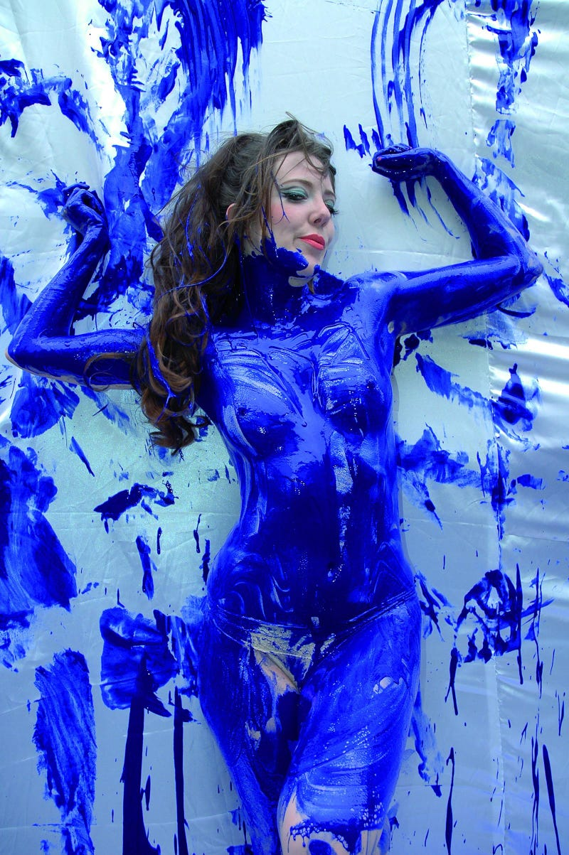 Live Every Litre: Naked Honda Burlesque Dance