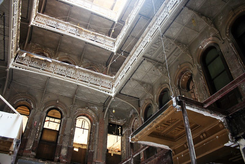 This Gorgeous Abandoned Building Was Hiding in Lower Manhattan