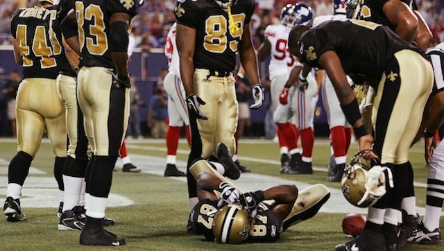 Former Players Sue NFL Over Painkiller Use