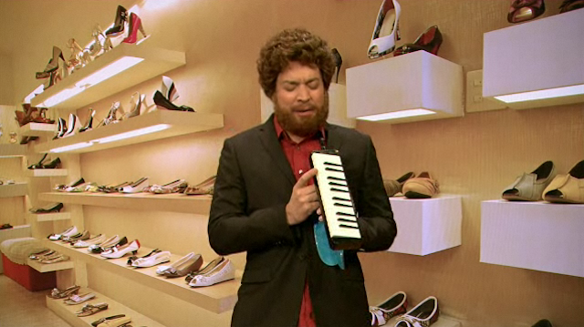 See American Idol's Casey Abrams Go Crazy With Product Endorsement