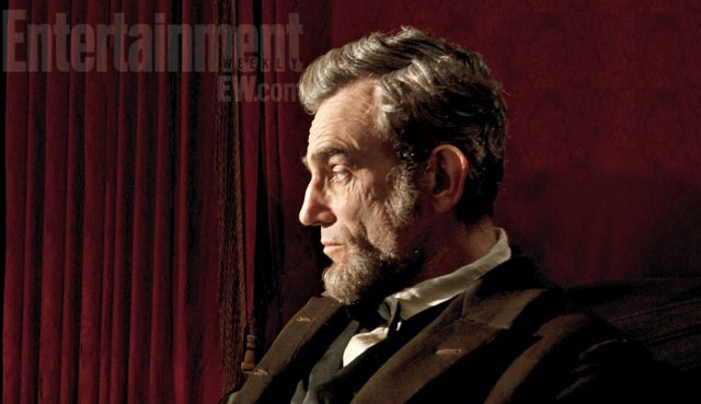 First Official Look at Daniel Day-Lewis As Steven Spielberg's Abraham Lincoln