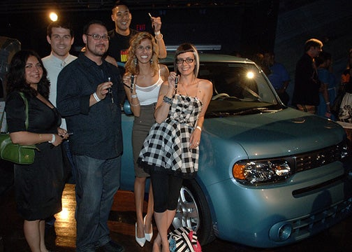 Tricky Canadians Win 2009 Nissan Cube