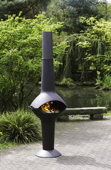 Lumos Outdoor Fireplace Transforms Into a Grill