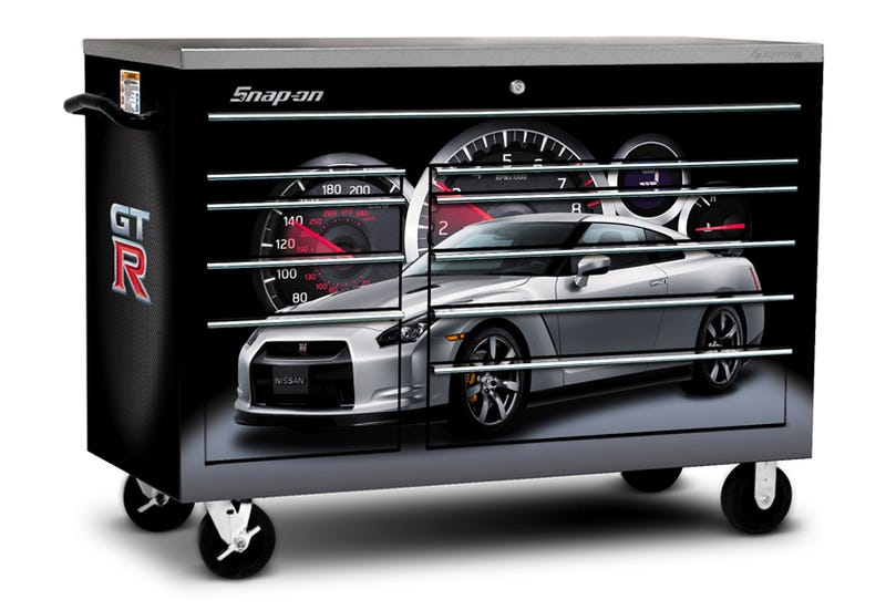 Nissan GT-R Toolbox, Just In Time For Godzillamas