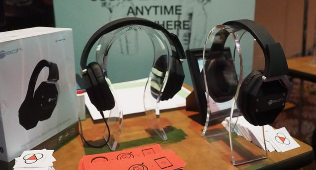 These Headphones Do For Your Ears What Oculus Rift Does For Your Eyes