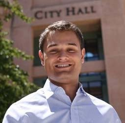 Gay Loopt employee running for Mountain View city council