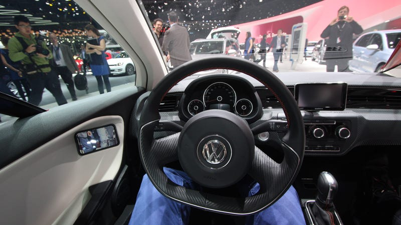 You Will Fit In Volkswagen's 261 MPG Diesel-Hybrid!