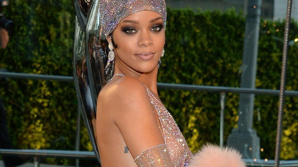 TLC Slams Rihanna for Constant Nudity, Rihanna Throws Shade Right Back