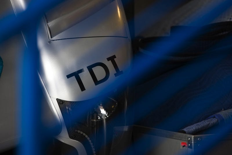 The Audi R15 TDI: Now In Glorious Detail!