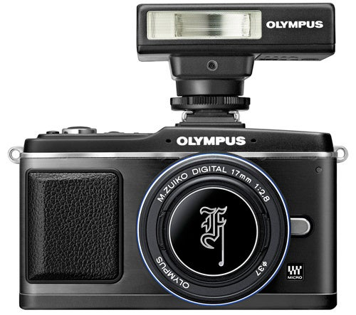 Go Black With Olympus' All-Black E-P2 Camera Kit and Lenses