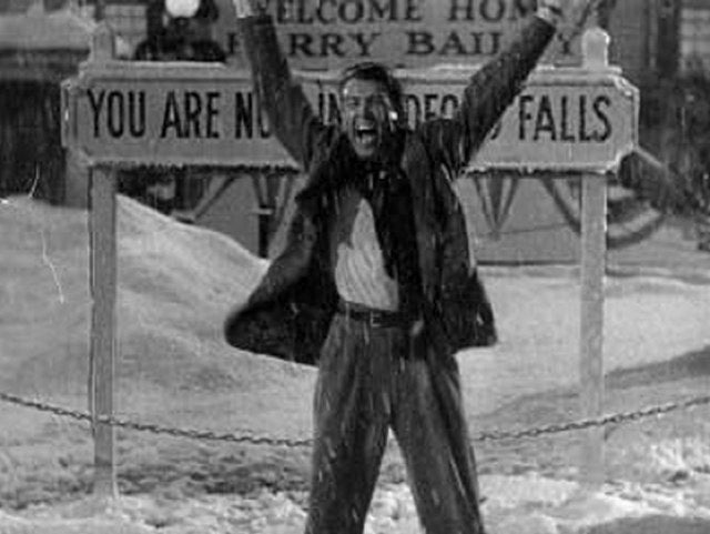 Paramount Threatens It's A Wonderful Life Sequel!