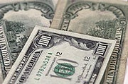 Ask Lifehacker: Dollars and sense