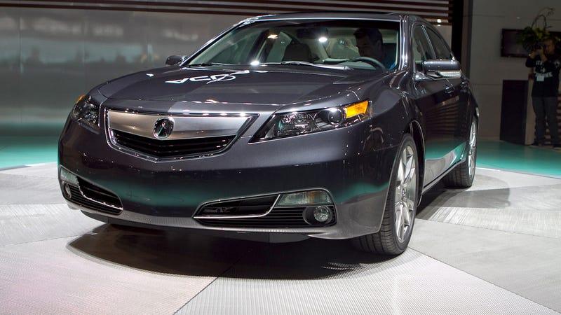 2012 Acura TL breaks the beak, keeps 6-speed manual