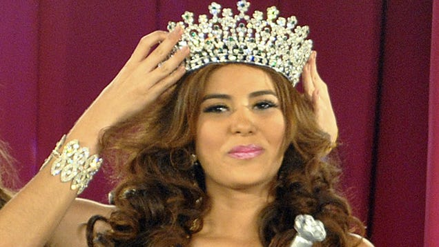 Cops Think They've Found the Bodies of Miss Honduras and Her Sister