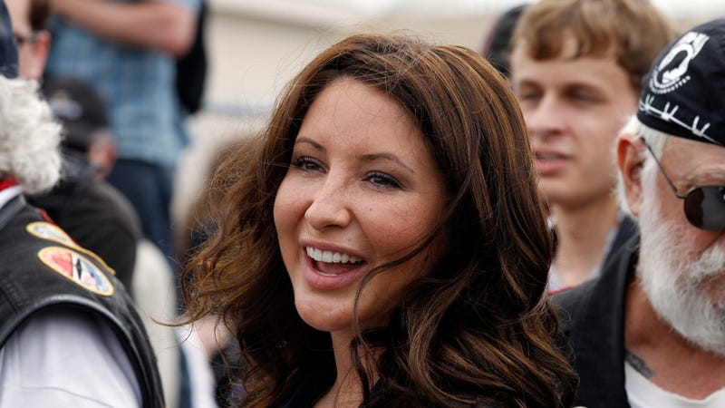 Bristol Palin Lost Her Virginity in a Tent, Drunk on Wine Coolers