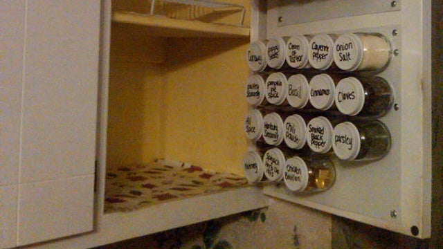 DIY In-Cupboard Spice Rack Saves You Space, Keeps Your Kitchen Clutter-Free