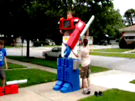 Homemade Optimus Prime Costume Doesn't Quite Capture the Autobot's Masterful Walk