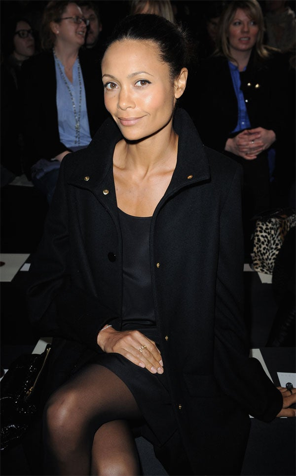 Thandie Newton: Live Nude Girl!