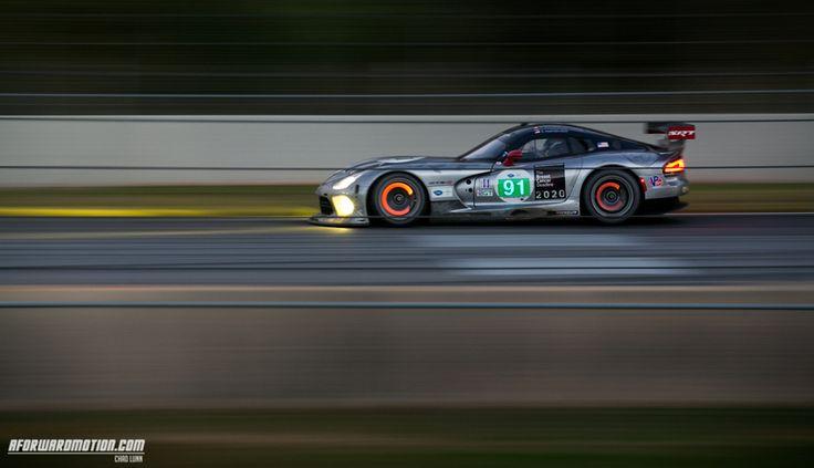 Love these Viper racecars...