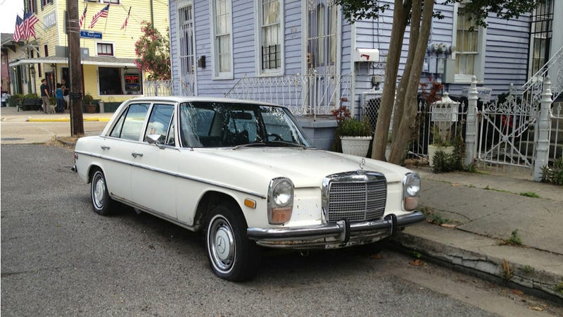 This Old Merc Belongs In Pictures, Pictures, I Tell Ya