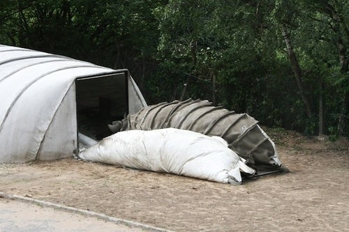 Build a Post-Apocalyptic Shelter Out of Cloth: Just Add Water