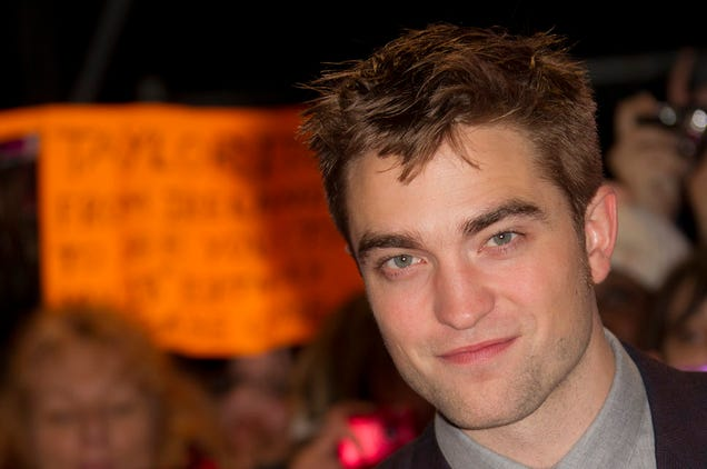 Robert Pattinson Is Maybe Dating FKA Twigs But Who Can Really Know