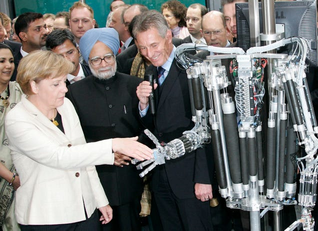 Politicians Shaking Hands With Robots, Ranked