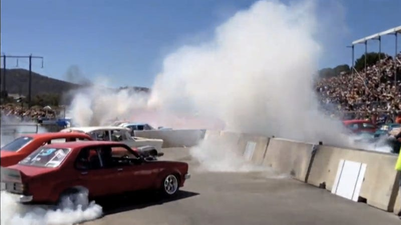 This Is What 69 Australian Muscle Cars Doing Simultaneous Burnouts Looks Like