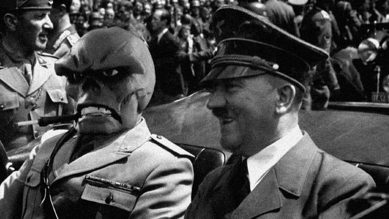 Hitler Recaps the Week in Video Gaming