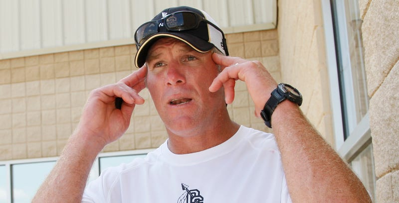 Brett Favre Fears Football Gave Him Memory Loss